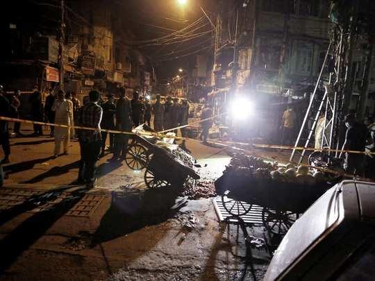 bomb explosion in pakistan: পাকিস্তানের ব্যস্ত মার্কেটে বিস্ফোরণে হত ১, জখম  ১৫ - bomb explosion in pakistan market kills one, 15 injured | Eisamay