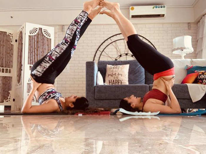 taapsee pannu yoga with sister