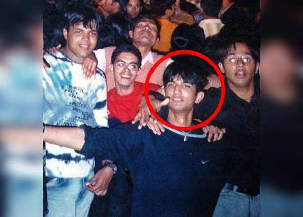 दोस्तों संग सुशांत की मस्ती