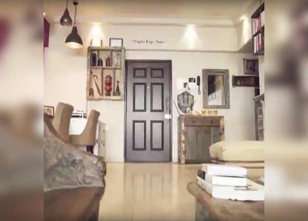 सुशांत का लिविंग रूम