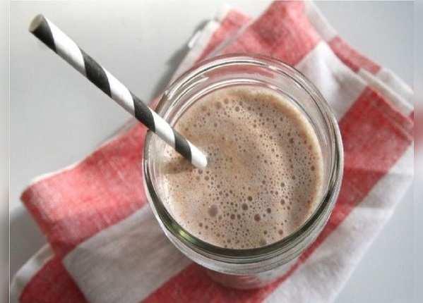 चॉकलेट मिल्क