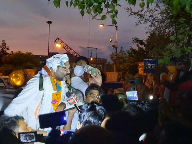 रिहा हुए यूपी कांग्रेस चीफ अजय कुमार लल्लू, बोले- मुकदमे राजनीति में इनाम होते हैं