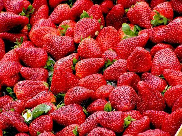 6 health benefits of eating strawberries everyday for mens health