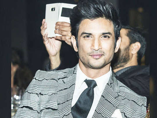Sushant singh Rajput first ever award and live performance