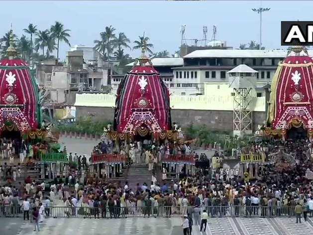 Jagannath puri rath yatra: रथ में सवार भगवान जगन्नाथ, थोड़ी देर में शुरू होगी यात्रा