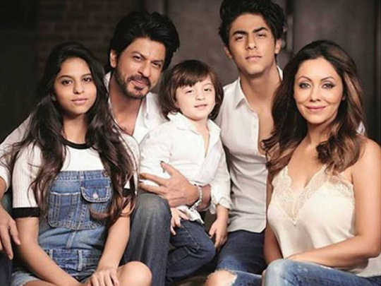 shahrukh khan can give you parenting tips in hindi