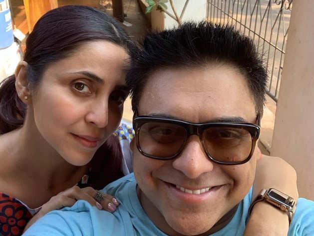 Ram Kapoor wife Gautami singing video