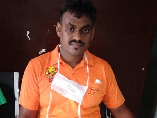सर्पमित्र रवींद्र भोई