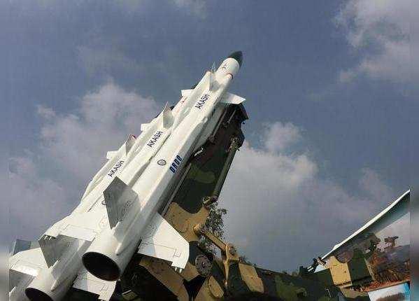 लेटेस्ट गैजेट्स से लैस है आकाश मिसाइल
