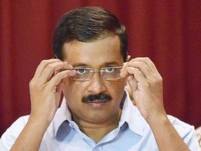 दिल्ली के सीएम पर कांग्रेस ने साधा निशाना