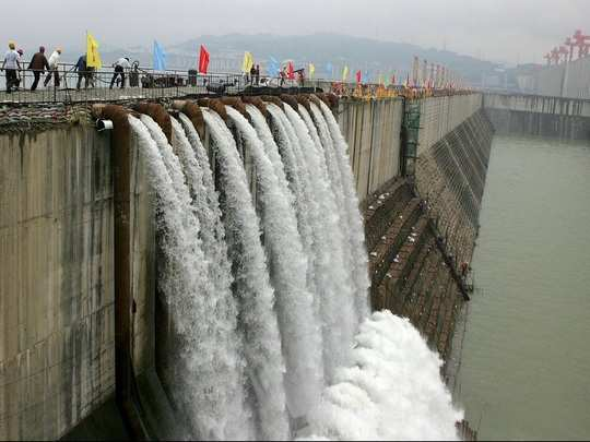 cofferdam-of-Three-Gorges-Dam-e1592945798842