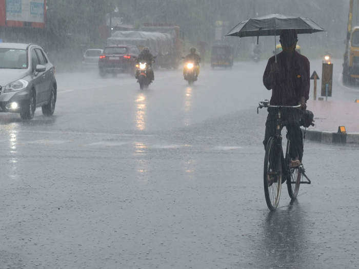 monsoon in India: Meteorological Department warns of heavy rain in  northeastern states:India Weather Forecast: बिहार सहित इन राज्यों में भारी  बारिश की चेतावनी, शाह ने बढ़ाया मदद का हाथ ...