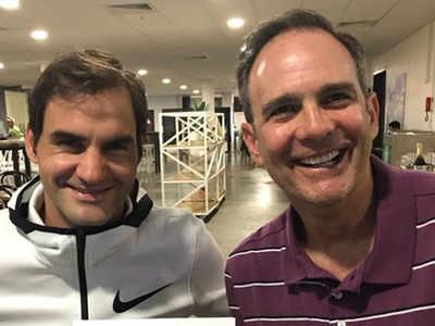 पॉल एनाकोने के साथ रोजर फेडरर (तस्वीर- ट्विटर से)