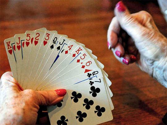हॉटेलात जुगार अड्डा; मालकासह दहांवर गुन्हा