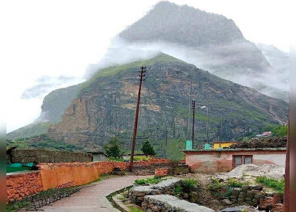 उत्तराखंड की सीमा में अंतिम गांव है माणा