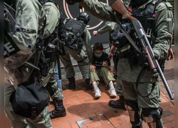 ब्रिटिस शासन समाप्त होने की 23 बरसी पर विरोध प्रदर्शन