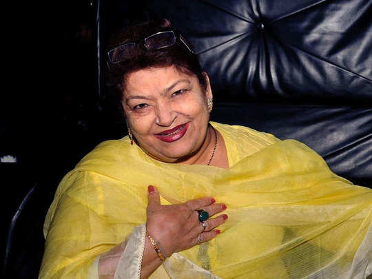 watch best top 10 songs of bollywood choreographed by choreographer saroj khan