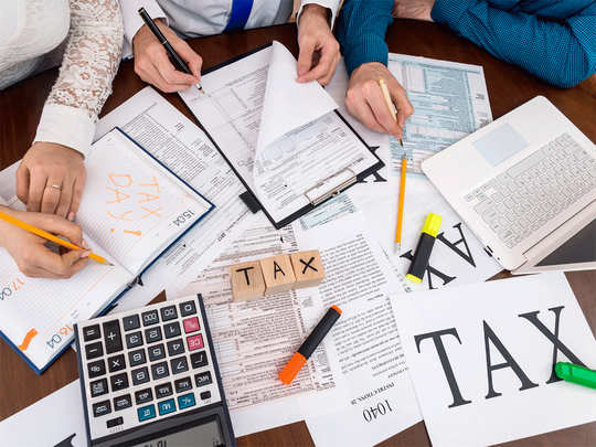 last date for tax saving investment is 31st july, income tax filing and pan aadhaar linking last date also increased