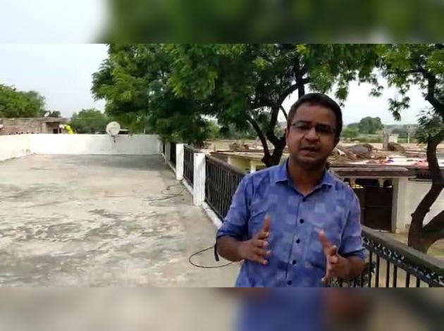 Kanpur Police Encounter: विकास दूबे के किले जैसे घर की वह छत..कानपुर में जहां से पुलिसकर्मियों पर बरसीं गोली