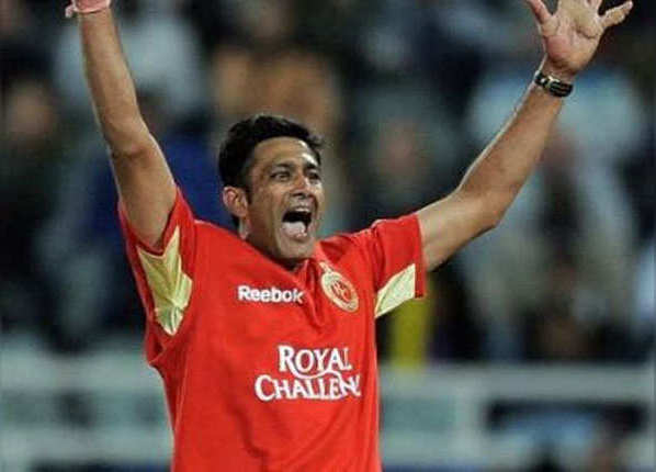 अनिल कुंबले (रॉयल चैलेंजर्स बैंगलोर)- 5/5 vs राजस्थान रॉयल्स, साल- 2009