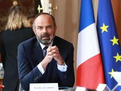 फ्रांस के प्रधानमंत्री ने दिया इस्तीफा