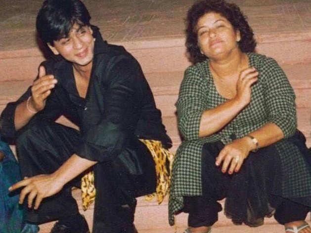 Shahrukh Khan and Saroj Khan