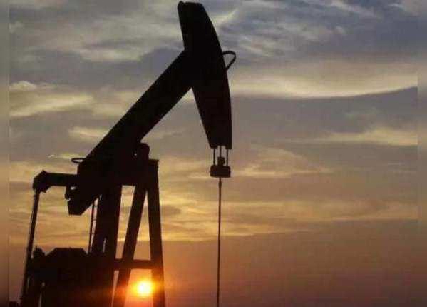 कच्चा तेल वायदा भाव घटकर 3,002 रुपये प्रति बैरल