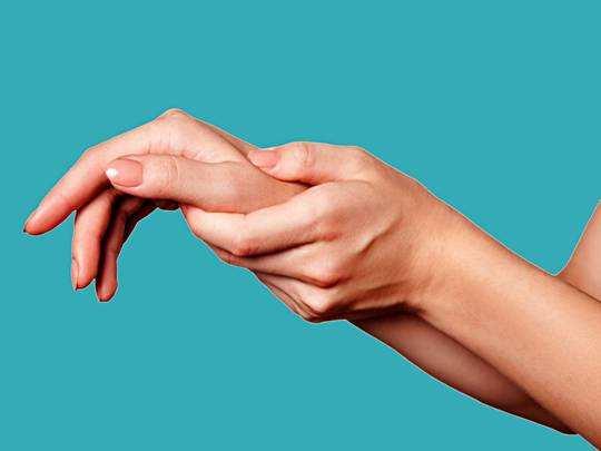 Thumb Pain Treatment : अंगूठे में हो रहा है दर्द तो इस घरेलू उपचार से मिलेगी मदद
