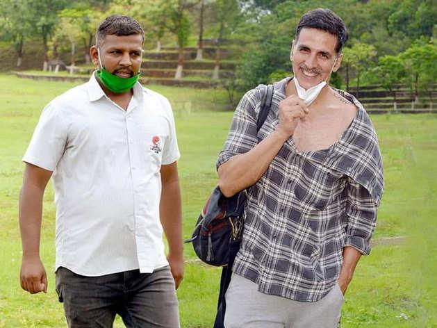 हेलिकॉप्टर विवाद में फंसे अक्षय कुमार, महाराष्ट्र सरकार ने दिए जांच के आदेश