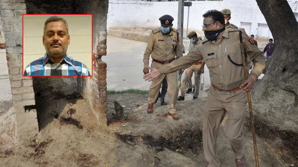 kanpur encounter bounty on gangster vikas dubey increased to rs 1 lakh