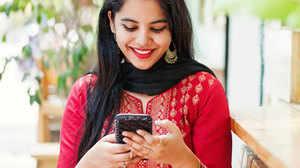 Samsung Galaxy M30s से Redmi Note 9 Pro तक, ₹15000 से कम में बेस्ट फोन