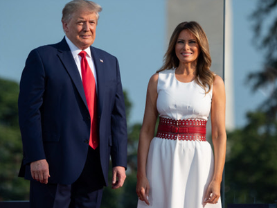 स्वतंत्रता दिवस पर पत्नी मेलानिया के साथ नजर आए डोनाल्ड ट्रंप