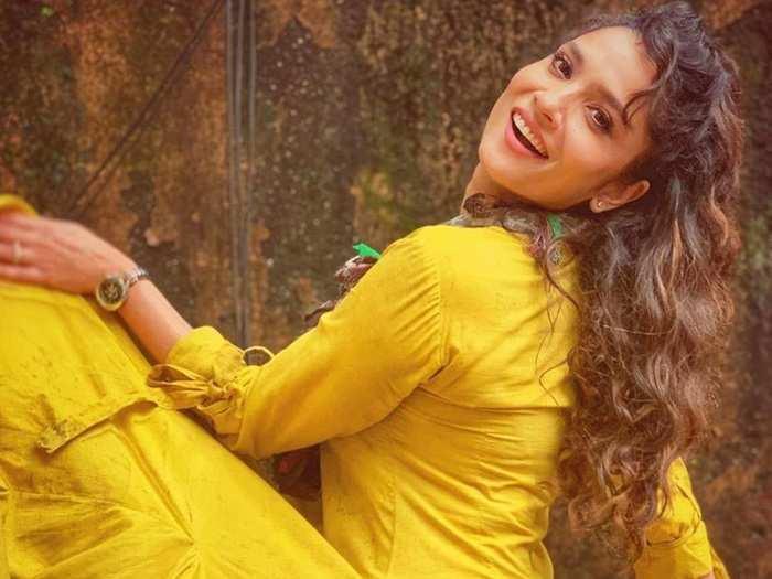 actress ankita lokhande fashion style statement in marathi