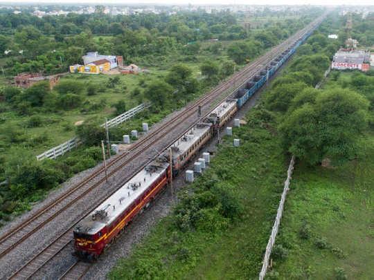 SheshNaag. PC: Twitter/@RailMinIndia