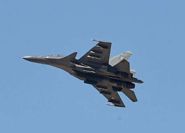 वायुसेना की तैयारी, चीन को चेतावनी
