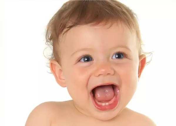 बच्चों के दांत और मसूड़ों की देखभाल कैसे करें