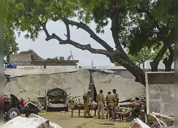 कानपुर शूटआउट में शामिल एक और आरोपी गिरफ्तार