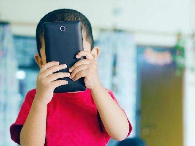 बच्चों को मोबाइल से दूर रखने के तरीके
