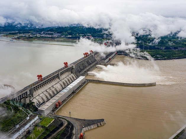 Three Gorges Dam: चीन का सबसे बड़ा बिजली प्रॉजेक्ट फेल या Coronavirus पर WHO से बचने की साजिश?