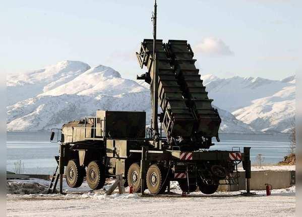 अमेरिकी और ताइवानी मिसाइलों का जखीरा