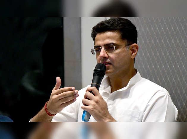 राजस्थान में सियासी संकट: पायलट ने 30 विधायकों का समर्थन होने का किया दावा