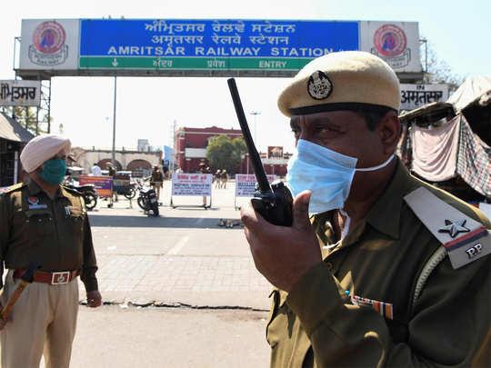 Punjab imposes curfew to enforce total lockdown