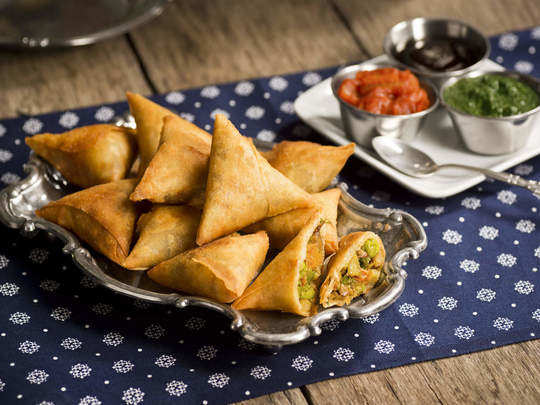 effect of eating samosa during pregnancy in hindi