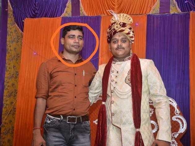 अमर दुबे के साथ दारोगा केके शर्मा