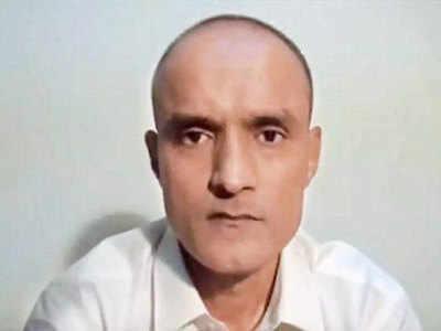 पाकिस्तानी जेल में बंद भारतीय नागरिक कुलभूषण जाधव। (फाइल फोटो)