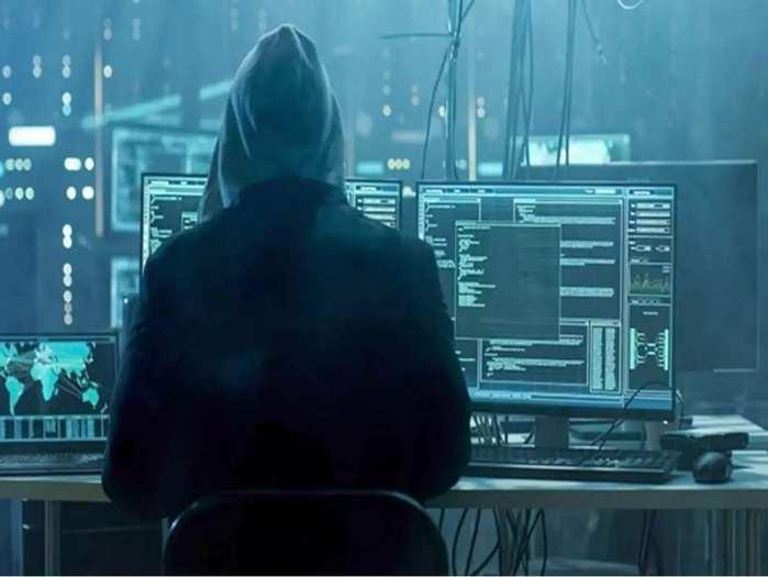 आपके पासवर्ड और बैंकिंग डेटा चुरा रहे 337 ऐप्स, कर दें डिलीट