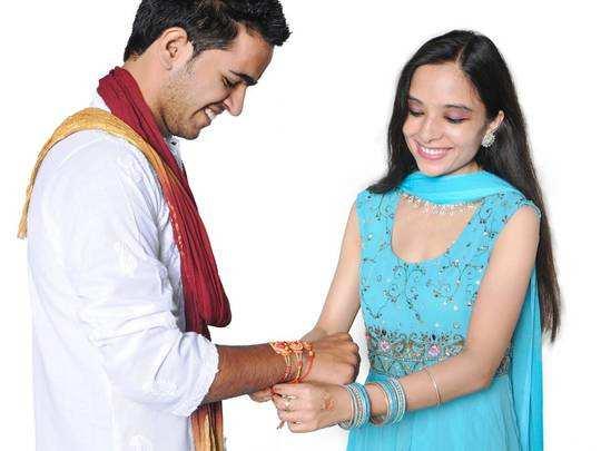 Rakshabandhan 2020 : रक्षाबंधन आ रहा है नजदीक, भाई को जरूर पसंद आएगी ये राखी