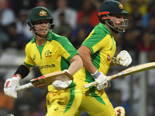 Aaron-Finch-David-warner