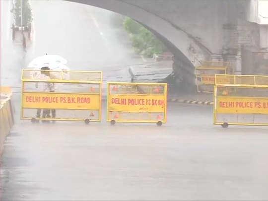 heavy rain in delhi-ncr today latest updates