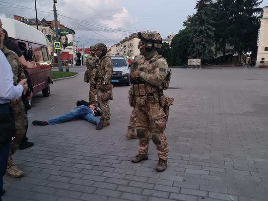 Ukraine hostages
